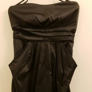 satin sweetheart dress with pockets